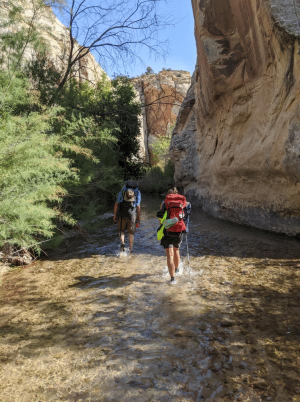 HIking the escalante river